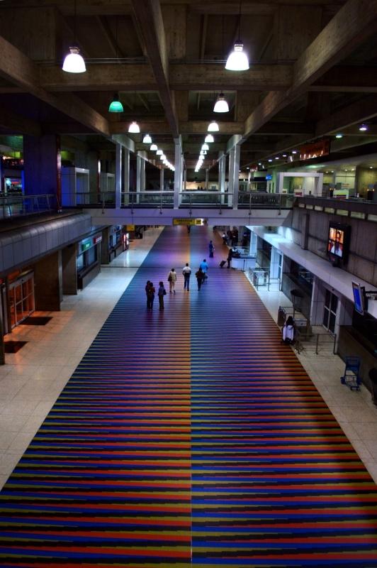 Aeropuerto_Internacional_Simon_Bolivar